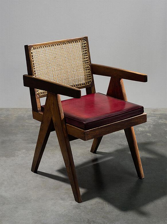 全新产品: Pierre Jeanneret限量家具系列